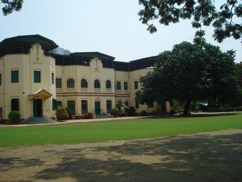 Amma's school_old bldg_4.7.'15_2